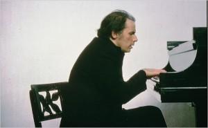 Glenn Gould à Toronto vers 1970. 1932.1982.Il cessa de se produire en public à partir de 1964. www.nytimes.com