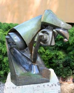 Raymond Duchamp-Villon. Le cheval. Bronze. 1914. Musée Guggenheim à Venise.