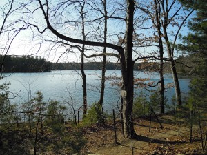 Walden Pond (l'étang de Walden) http://simon-boston.over-blog.com/categorie-11492902.html