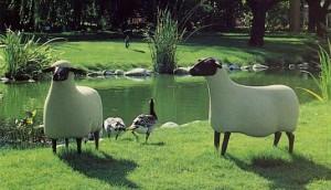 Francois Xavier Lalanne. 1927.2008. Les moutons1977 et 1988. Parc de le fondation Gianadda. Martigny.