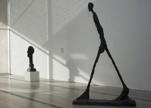 Giacometti. L'homme qui marche. Propriété de la fondation Beyeler. Bâle.